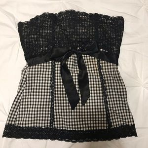 GUESS LACE BLK AND WHITE CHECKERED STRAPLESS TOP